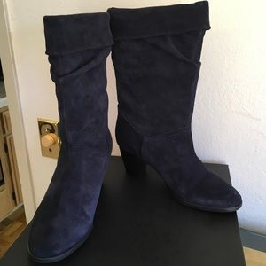 BARNEYS NY Navy Suede Slouchy Calf Boots Sz 40/10